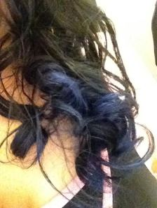 Curly Hair | Curls | Black to blue ombre hair | Black and blue ombre | Black hair | Blue hair | Kiss InstaWave